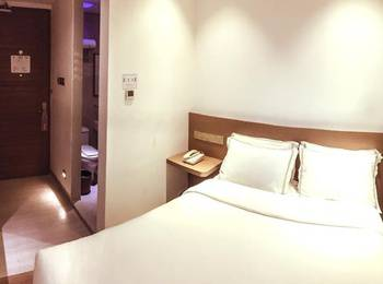Heef Hotel Jakarta - Smart Room Only Regular Plan