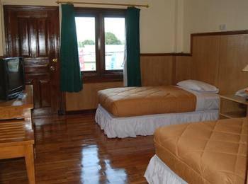 Sylvia Hotel Maumere - Kamar Deluxe Regular Plan