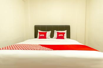 OYO 1457 Tmj Guest House Medan - Standard Double Room Regular Plan