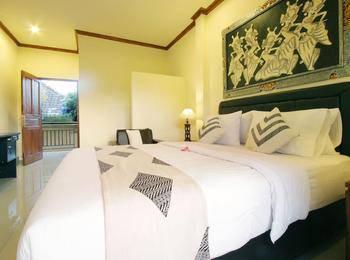 Gusti Putu Oka Guesthouse Bali - Double Room With Terrace Regular Plan