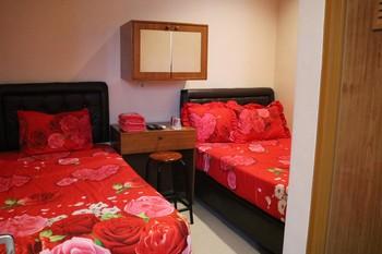 Nova Guest House Syariah Malang - Deluxe Plus (AC) Regular Plan