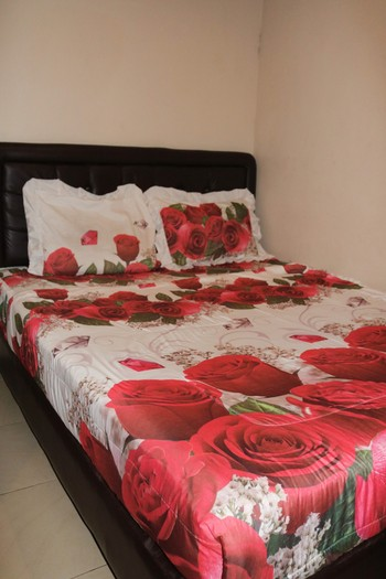 Nova Guest House Syariah Malang - Standard shared bathroom (fan) Regular Plan