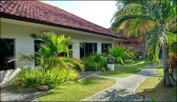 Hotel Trophy Sumbawa Barat - Villa Regular Plan