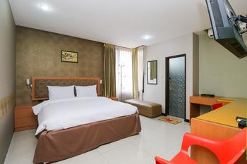 Sky Inn Ketintang 1 Surabaya Surabaya - Deluxe Room Only NR Min2 40% NR