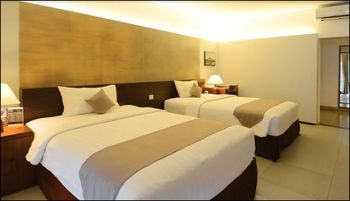 Hotel Neo Green Savana Bogor - Standard Room Pool Level  Regular Plan