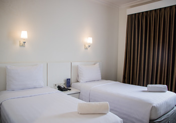 The Sunerra Bandung City Centre Bandung - Deluxe Twin Room Stay 4 Pay 3