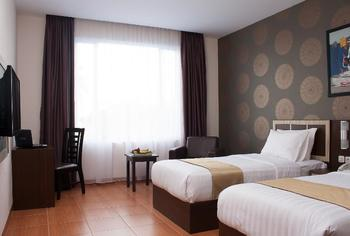 Komala Hotel Dumai - Superior Room Regular Plan