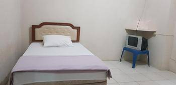 Pelangi Hotel Lembang Lembang - Standard Room Regular Plan