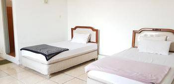 Pelangi Hotel Lembang Bandung - Family Room Regular Plan