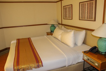 Nuansa Maninjau Resort Hotel Agam - Honeymoon Suite Regular Plan