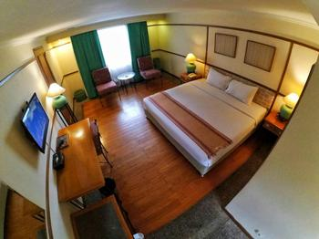 Nuansa Maninjau Resort Hotel Agam - Deluxe Room Regular Plan