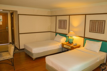 Nuansa Maninjau Resort Hotel Agam - Superior Twin Bed Room Basic Deal