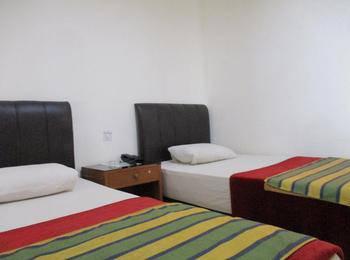 Hotel Maxim Jakarta - Deluxe Room 3rd Floor #WIDIH - Pegipegi Promotion