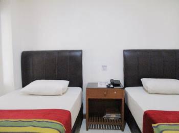 Hotel Maxim Jakarta - Deluxe Room 2nd Floor #WIDIH - Pegipegi Promotion
