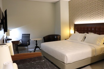 Pakons Prime Hotel Tangerang - Deluxe Room Only PROMO GAJIAN