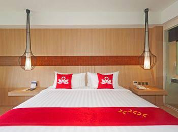 ZEN Premium Jimbaran Ungasan Bali - Double Room - With Breakfast Special Promo