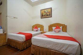 OYO 1173 Hotel Shofa Marwah Palembang - Deluxe Twin Room Regular Plan