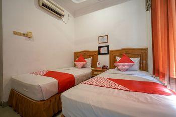 OYO 1173 Hotel Shofa Marwah Palembang - Standard Twin Room Regular Plan