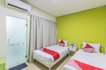 OYO 1393 Citron Syariah Jakarta - Standard Twin Room Regular Plan