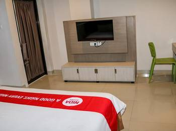 NIDA Rooms Wuruk 1 Central Jakarta - Double Room Single Occupancy Special Promo