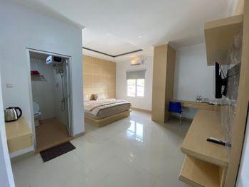 Hotel Grand Arriyadh Tanjung Jabung Barat - Deluxe Room Breakfast Regular Plan