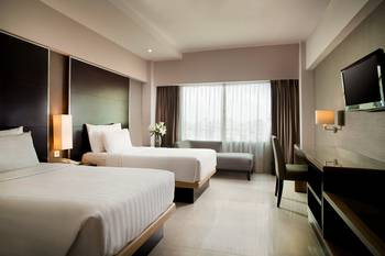 Hotel Santika Premiere Slipi Jakarta Jakarta - Deluxe Room Twin Staycation Offer Regular Plan