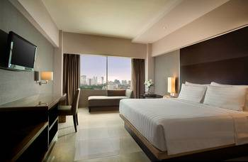 Hotel Santika Premiere Jakarta - Deluxe Room King Staycation Offer Regular Plan