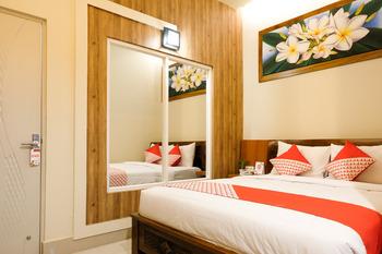 OYO 683 Jepun Guesthouse Lombok - Deluxe Double Room Regular Plan