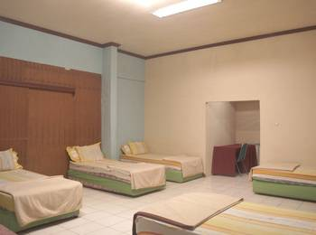 Villa Mas Inn Puncak - Family Room(5 Single Bed) Regular Plan