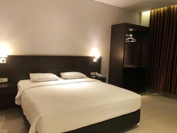 New Surya Hotel Banyuwangi - Superior Room Only Regular Plan