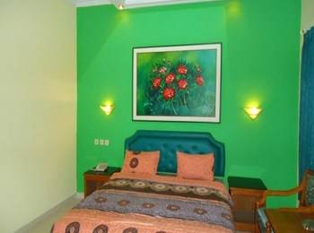 Hotel Permata Hijau Cirebon - Deluxe Room Regular Plan