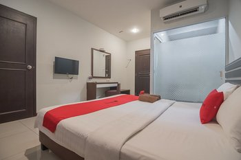 RedDoorz Plus @ Aviari Batu Aji Batam Batam - RedDoorz Sale Regular Plan