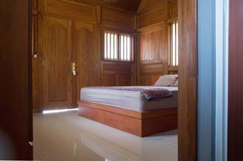 Keboen Ndalem Homestay Semarang - Deluxe Room Regular Plan