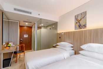 Kartika One Hotel - Jakarta Jakarta - Deluxe Twin Without Room Breakfast Regular Plan