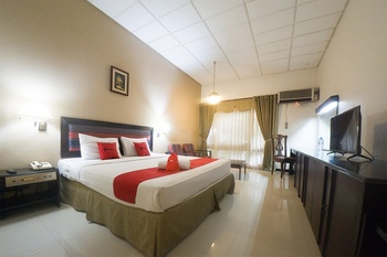 RedDoorz Plus @ New Grand Park Hotel Surabaya - RedDoorz Room Regular Plan