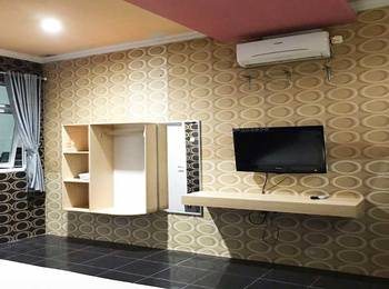 The Colorville Alam Sari Wates Purwakarta - Deluxe Room AC Diskon 20%