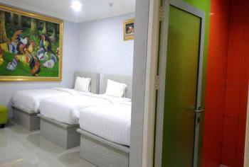 Aquatel Hotel Pekanbaru - Family Regular Plan