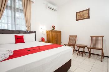 RedDoorz near Sanan Malang Malang - RedDoorz Room Regular Plan
