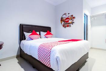 OYO 283 Helvetia Residence Medan - Standard Double Room Regular Plan