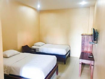 Homestay Putra Mas Kupang - Superior Twin Room AntiBoros