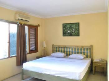Penginapan Darma Surabaya - Deluxe Room Regular Plan
