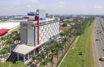 BIGLAND Hotel & Convention Sentul