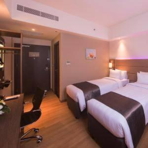 Olympic Renotel Sentul - Deluxe Room With Breakfast Regular Plan