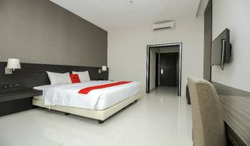RedDoorz Premium @ Ciumbuleuit Atas Bandung - Premium Room Weekday Promotion