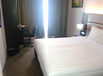 Oak Tree Premiere Bandung - Superior Double Room Only Regular Plan