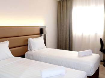 Oak Tree Premiere Bandung - Superior Twin Room Only Shocking Rate!!!