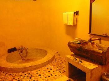 Sapu lidi Resort Hotel Bandung - Suite Lake View Room Only Regular Plan