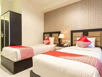 OYO Flagship 1348 Hotel Home Anaya Medan - Deluxe Twin Room Regular Plan