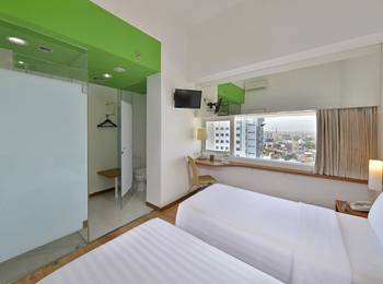 Whiz Hotel Pemuda Semarang - Standard Twin Room Only Regular Plan