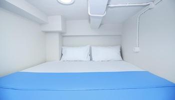 Kamar Keluarga Bandara 7 Tangerang - Double Bed Room Regular Plan